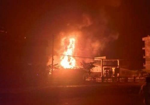 सल्यान झिम्पेको दुदिल्यमा लागेको डढेलोले बस्तीका तीन घर आगजनी भइ नष्ट