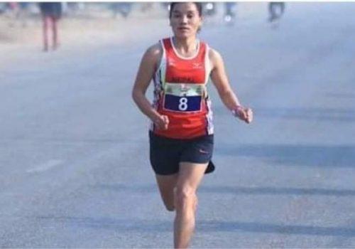 बङ्गलादेशमा सम्पन् म्याराथनमा नेपालकी चेली पुष्पाले हात पारीन स्वर्ण पदक