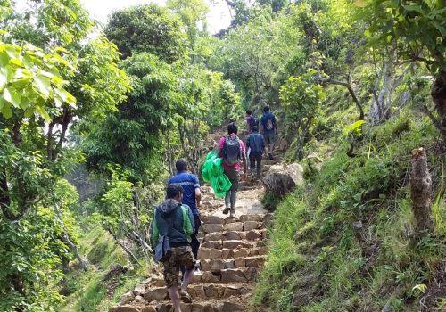 चण्डेश्वरीदेखि गोसाईस्थानसम्म पर्यटकीय पदमार्ग निर्माण शुरु